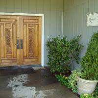 Entrance to Raymond